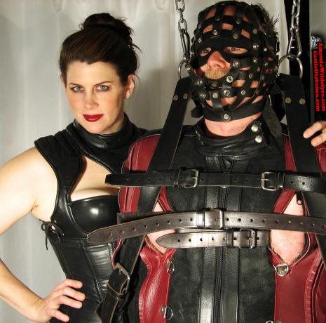 Leather Bondage with Minneapolis Mistress Amanda Wildefyre